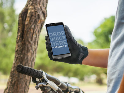 Android Mockup of Cyclist Using LG G3