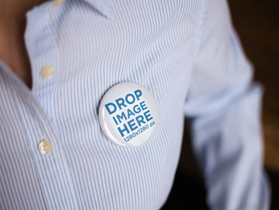 Button on a Corporate Man Shirt Mockup a14282